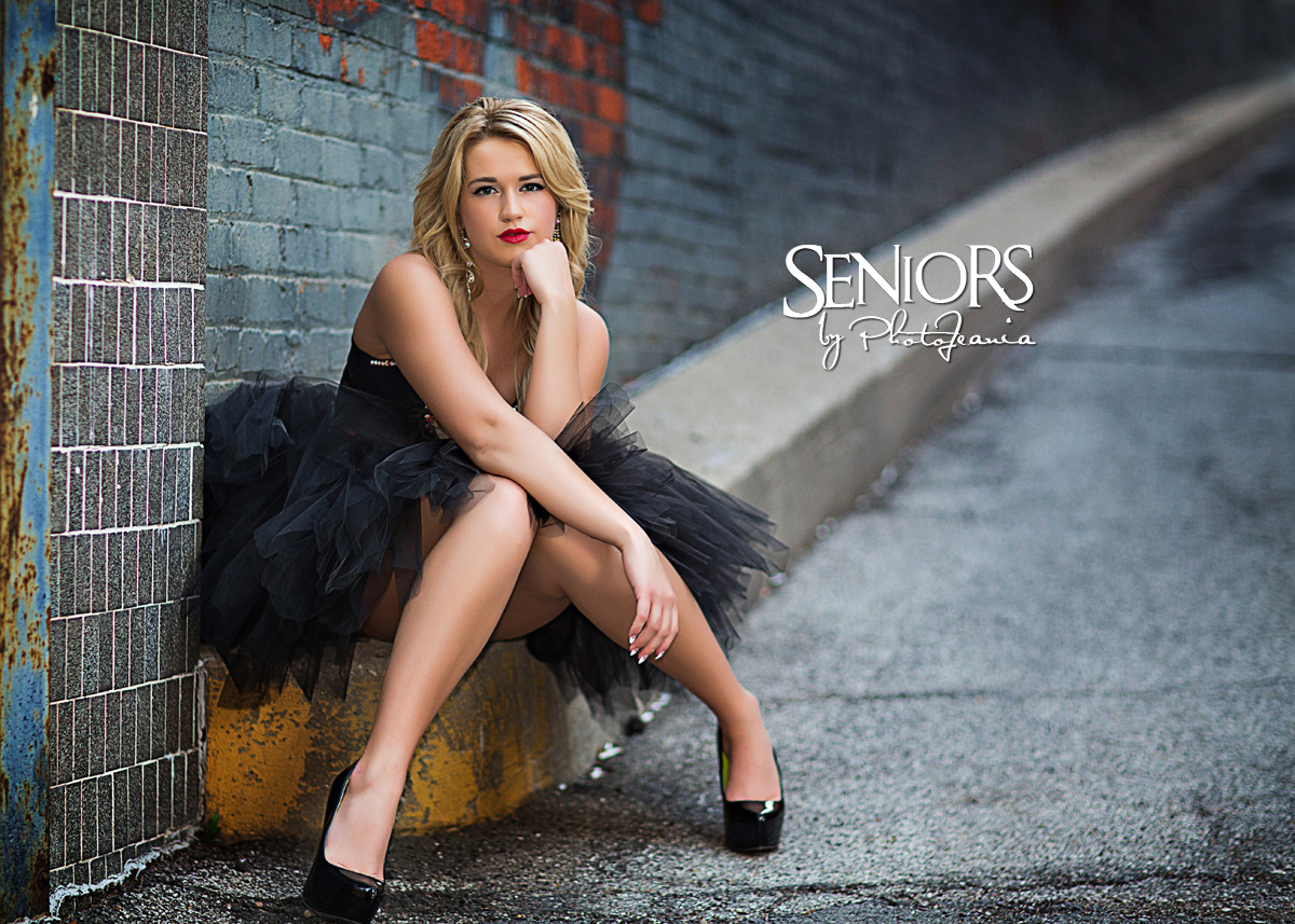Grungy Urban Senior Picture Ideas